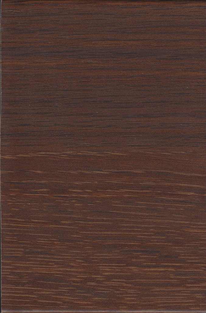 дуб коричневый